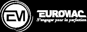 Logo Euromac blanc avec slogan s'engager pour la perfection